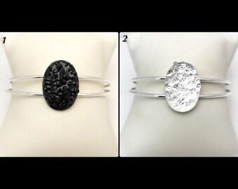 "Bracelet ""Druzzy' memory of shaped glass beads"