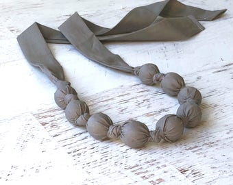 Basic teething necklace - Gray baby gift - Organic baby teether - Wood teething necklace for mom - Baby shower gift - Sustainable baby gift
