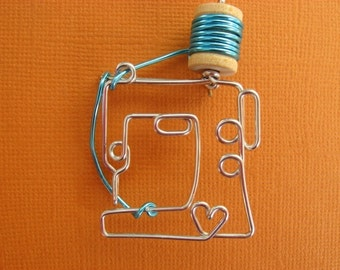 SEWING MACHINE BROOCH wire wrapped pin seamstress dressmaker's gift
