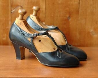 vintage 1930s shoes / 30s black art deco heels / enna jettick / size 5.5