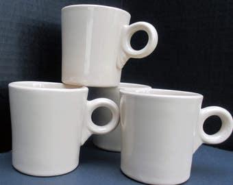 McNicol China Restaurant Ware Diner Coffee Mugs - Beige Roloc MCN72 - Set of 4 - 1950s
