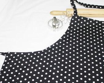 Plus Size Black and White Dots Apron