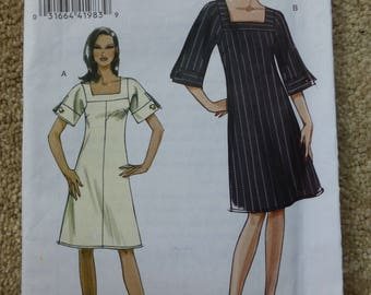 Vogue pattern V8442  Very easy Vogue 14-16-18-20