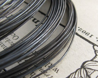 24 gauge wire, aged rustic black patina, hand antiqued wire, dead soft (10 foot coil) (3 meters) oxidized blackened copper wire, black wire
