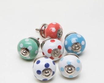 Set of 6 Spotty Ceramic Knobs