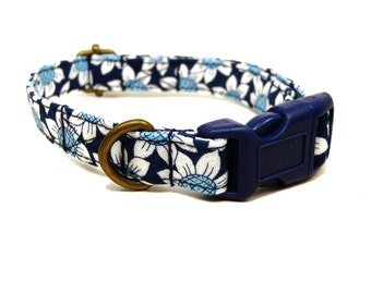 Coachella - Organic Cotton CAT Collar Breakaway Safety - Navy Blue Daisy Daisies Floral - All Antique Metal Hardware