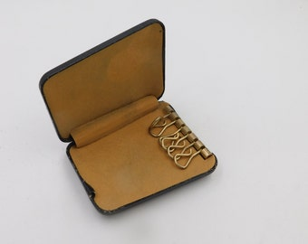 1960's Vintage Mid Century Hard Case Key chain Key Carrying Case