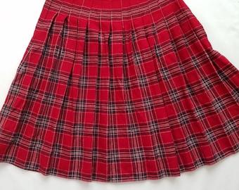 Vintage 1980s Wool Blend Pleated High Waist Modest Skirt Red Plaid Tartan Holiday Christmas