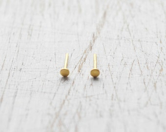 Black & Gold Earrings gold Stud