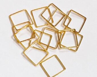 50 pièces d'or plaqué maillons carrés en laiton 12mm