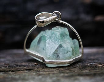 Raw uncut Green Apophyllite Crystal Pendant - Green Apophyllite Crystal Point Pendant - Green Apophyllite - Green Apophyllite Jewelry