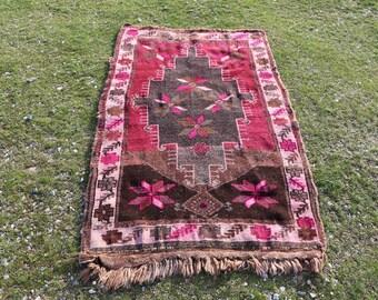 Free Shipping, 3 x 5.7 ft. vintage area rug, turkish rug, organic wool rug, anatolian floor rug, oushak rug, bohemian rug, area rug, MB605