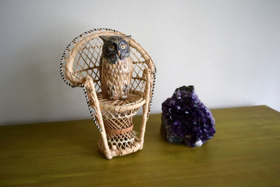 Small Vintage Wicker Peacock Chair / Plant Stand -  Bohemiam, Natural, Earth Inspired, Eclectic