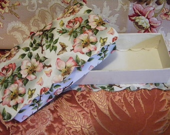 Romantic Antique Candy Box with Rose Blossoms and Butterflies Scalloped Edges