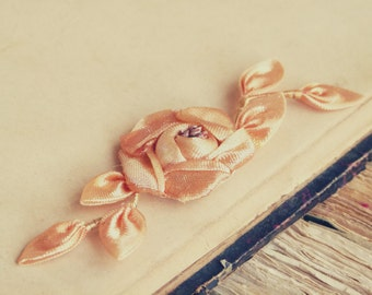 Incredible 1920s peach silk ribbon work flower w/ lavender iridescent stamens, beautiful & authentic, doll, couture projects, bridal bouquet