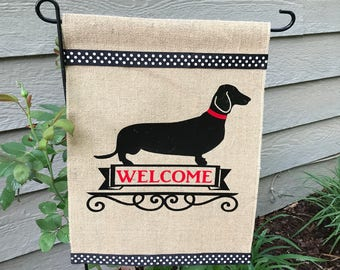 Dog/Dashund/Personalized Garden Flag/