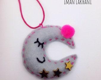 Felt Moon necklace