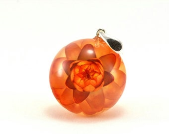 Orange Real Flower Pendant, Red Flower Necklace, Golden Everlasting Jewelry, Resin Flower Pendant, Silver Pendant, Sphere 2.5 cm, No Chain.