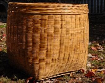 Huge basket - Large Basket - vintage Basket