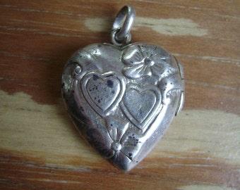 vintage sterling locket