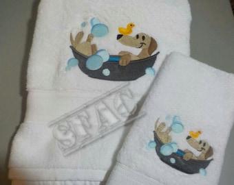 Embroidered Dachshund Bath Towel Set / Dachshund Bath / Support Rescue / Dachshund Bathroom Accessories / Dachshund Bathroom Décor