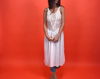 Pale pink soft knit slip w/ lace and mesh S