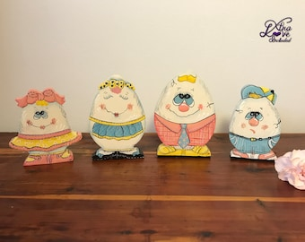 Happy Easter Egg Family, Tole Painted Eggs, Easter Eggs, Hand Painted Egg Family, Easter Decoration