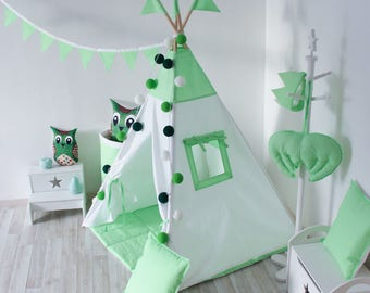 READY TO SHIP! Green teepee with poles Green and white playhouse for kids Play tent Tepee Teepee tent for kids Indoor wigwam Green tipi