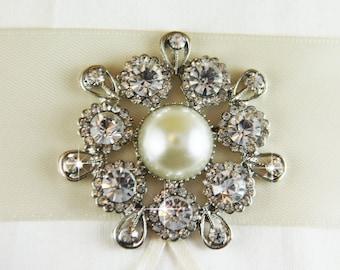 Rhinestone Brooch, Pearl Brooch, crystal brooch for DIY wedding projects, brooch bouquet, bridal sash, invitations