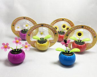 Solar Dancing Flowers