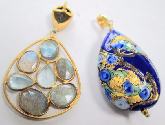 Fine quality large vintage gilded silver & labradorite pendant and blue Venetian glass pendant