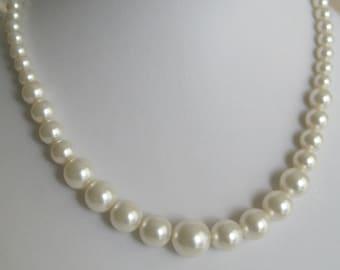 Bride - Bridesmaids Pearl necklace - Bridal Jewelry - Bridal Accessories - Wedding Jewelry