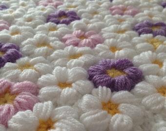 crochet baby flower blanket, baby girl blanket, flower blanket