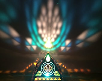 Pyramid Sri Yantra Table Lamp - Moroccan Lighting. Modern lighting. Bedside Lamp. Wooden Lamp. Desktop Lamp. Pyramid Lamp, Yoga Decor