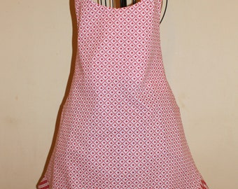 Ladies Handcrafted Heart Apron with Ruffle Hem