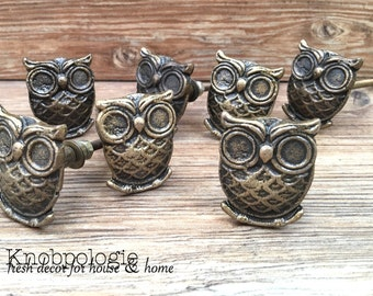 SET OF 8 Owl Knobs Antique Bronze Owl Drawer Pull - Cabinet Knob - Furniture Hardware Drawer Pull - Decorative Knob - Bird Owl Nursery Decor