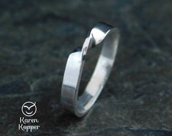 Moebius knot ring. Endless love ring. Infinity knot ring. Sterling silver (0.925). Wedding ring, engagement ring. Love ring.