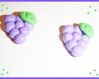 2 cabochon Fimo polymer clay - grape