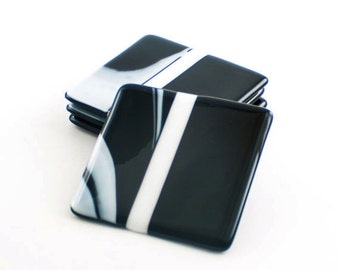 Black and White Coasters, Fused Glass, Bar Accessories, Coaster Set, Cool Home Decor, Unique Home Accent, Table Decorations, Unusual Gifts