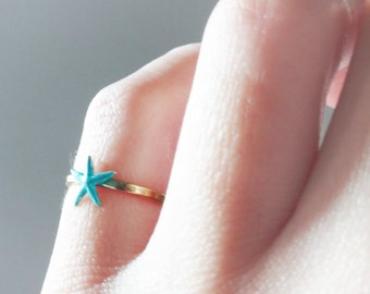 Turquoise/gold sea star ring, gold brass turquoise ring, tiny turquoise starfish ring, hammered band ring, gold brass stacking ring