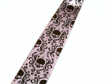 RokGear Skull Damask Men's silver and black necktie