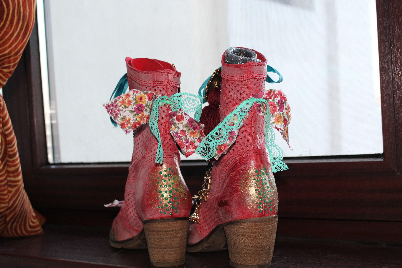 Bottes victorien en cuir rouge   bottines rétro à 7.5US   bottes à rétro talons Vintage 39 EU taille 5155b0