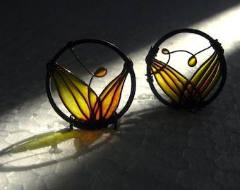 Autumn Earrings. Dangle Earrings. Amber Colored Circle Earrings. Dark Copper Wire. Copper Earrings. Fall Fashion. Earth Tone Jewelry.