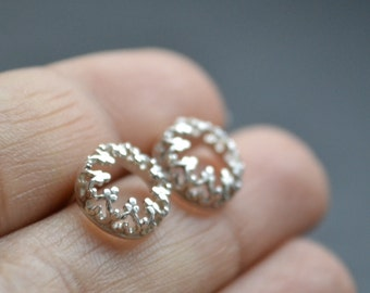 READY TO SHIP. There is no queen without a crown- post silver earrings, studs