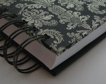 Five Year Diary - Line A Day Journal - Gratitude Journal - Line A Day Diary - Five Year Journal - Yearly Journal - Lined Journal - Damask