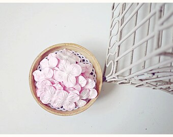 30 Hydrangea petal White & PInk  / pack