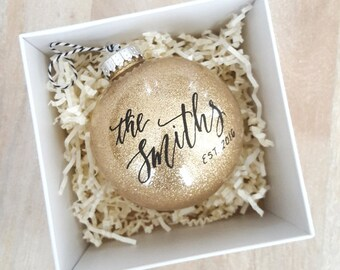 Personalized established NEWLYWED CHRISTMAS ORNAMENT gift with calligraphy - One (Gold)