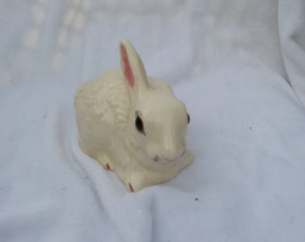 Vintage Ceramic Bunny Rabbit Figurine 1981 White from Mold, Easter