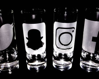 Social media shot glass set