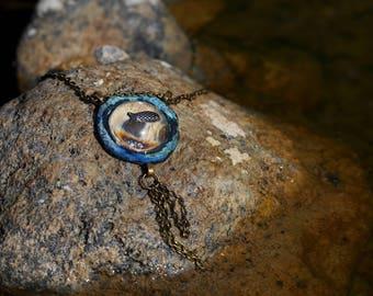 Amulet Porthole